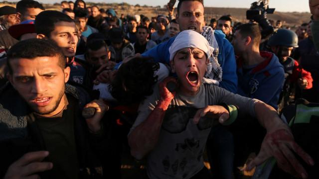 Israel bombardeia posições militares em Gaza causando 14 feridos