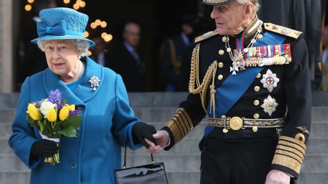 Mas afinal, a rainha Isabel II foi ou não traída?