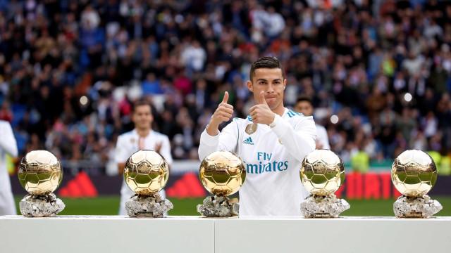 """FourFourTwo apresenta os """"11 potenciais substitutos de Cristiano Ronaldo"""""""