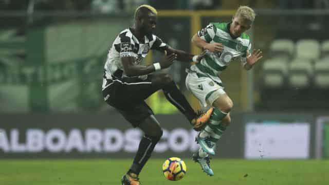 Podence falha treino antes do Clássico diante do FC Porto