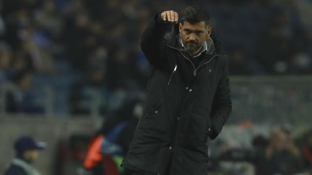 Duas novidades no onze do FC Porto