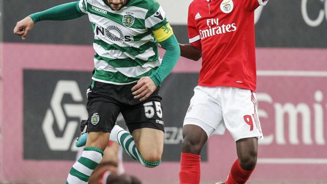 Benfica vence dérbi dos 'bês' que terminou com duas expulsões