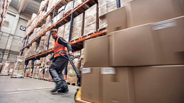 Volume de negócios na indústria aumenta 12,7% em abril
