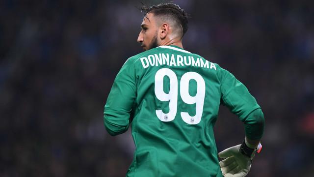 Bomba no Milan: Mino Raiola quer anular contrato assinado por Donnarumma