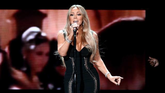 Depois das críticas do ano passado, Mariah prepara concerto de fim de ano
