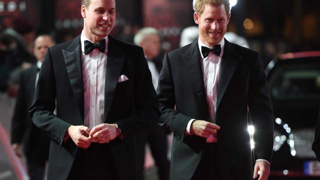 Oficial: Harry convidou William para ser seu padrinho de casamento