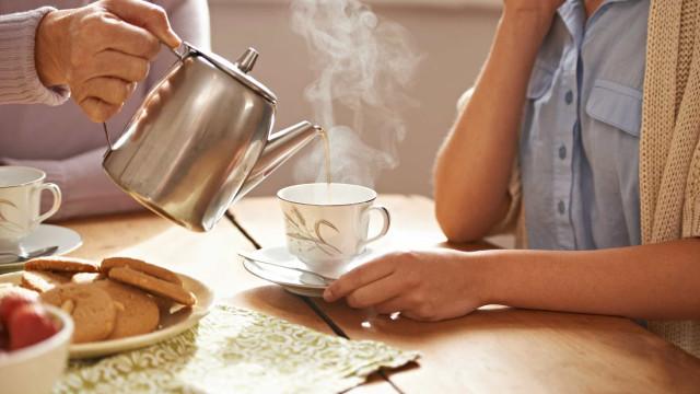 Pede chá aos colegas de trabalho? Tenha atenção às saquetas