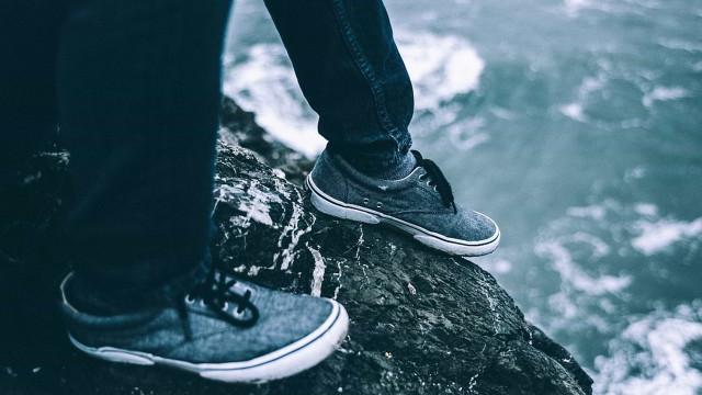O mistério dos pés humanos que dão à costa nas praias do Canadá