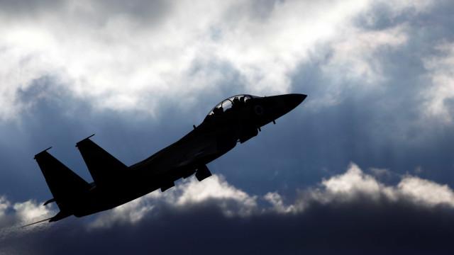 Aviação israelita bombardeia posições do Hamas após ataque