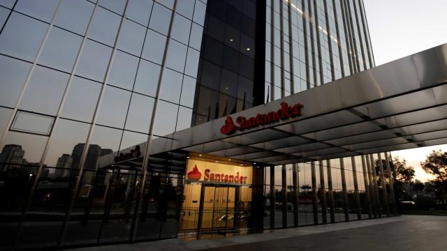 Santander compra negócio de retalho e de banca privada do Deutsche