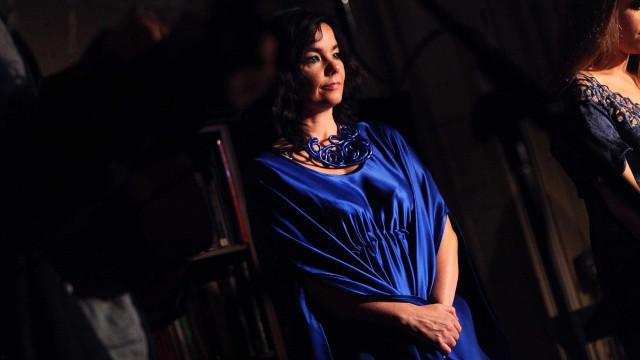 Björk regressa a Portugal dez anos depois para atuar em Paredes de Coura