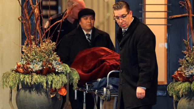 Casal bilionário encontrado morto em casa pode ter sido assassinado