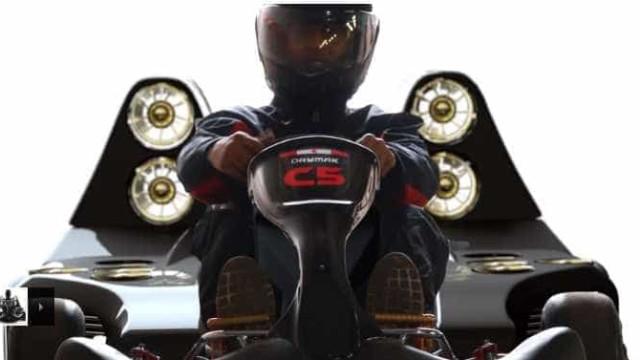 Um kart mais rápido do que um Fórmula 1? Sim, existe mesmo
