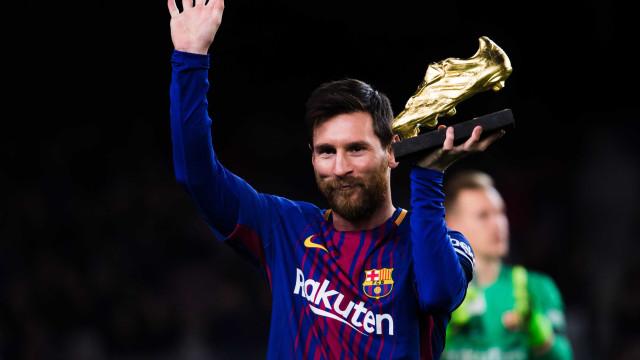 Messi exibe quarta Bota de Ouro em Camp Nou