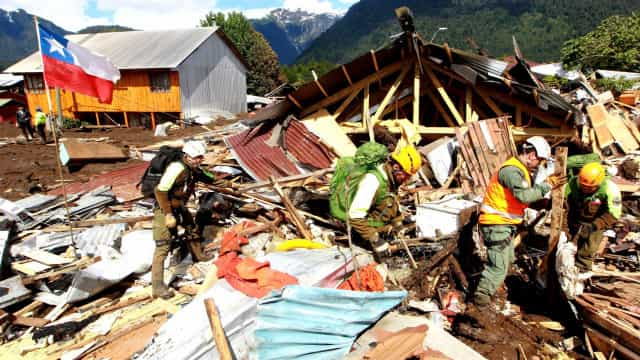 Pelo menos 11 mortos no Chile em deslizamento de terras