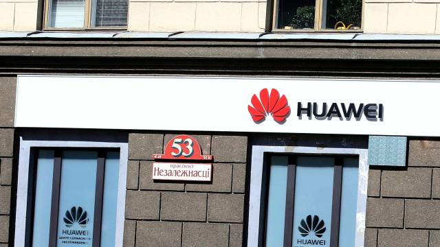 Novo topo de gama da Huawei em fevereiro?