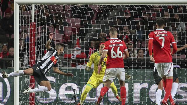 Benfica deixa-se empatar com Portimonense e tem Taça da Liga em risco