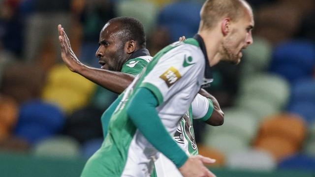 Sporting chegou à meia-dúzia em noite de bailinho em Alvalade