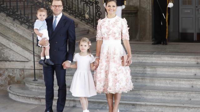 Família real da Suécia também já mostrou o seu (adorável) cartão de Natal