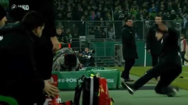 E o Óscar de melhor simulação do ano vai para? O treinador do Leverkusen