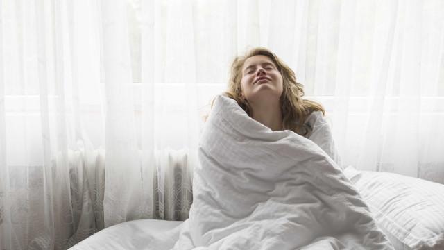 Tem dormido mal? A culpa pode ser do frio, alertam especialistas