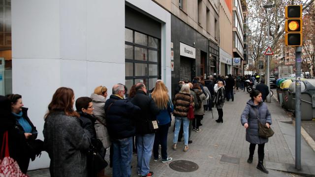Catalunha: Líderes votaram e deixaram recados. Agora, venha o resultado