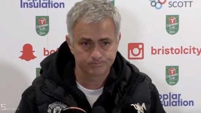 Será esta a conferência de imprensa mais rápida de sempre de Mourinho?