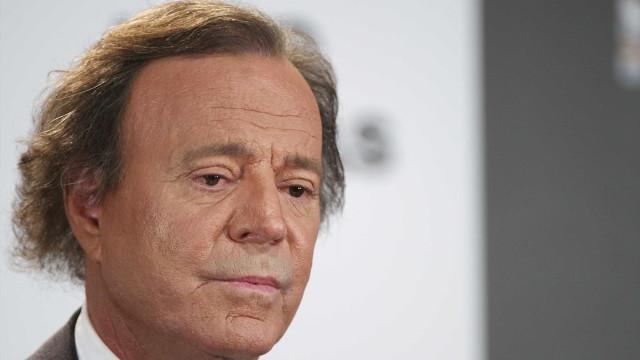 Julio Iglesias e família foram espiados: Eis os pormenores 'mirabolantes'