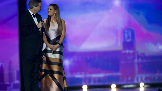 Dezenas de antigas Miss America pedem demissão de organizador do concurso