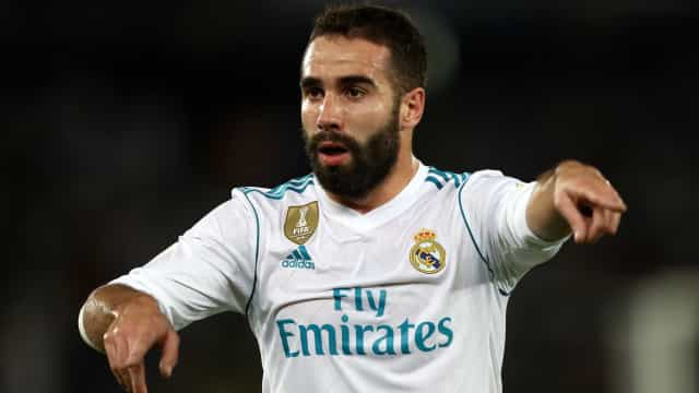 Dani Carvajal na porta de saída do Real Madrid