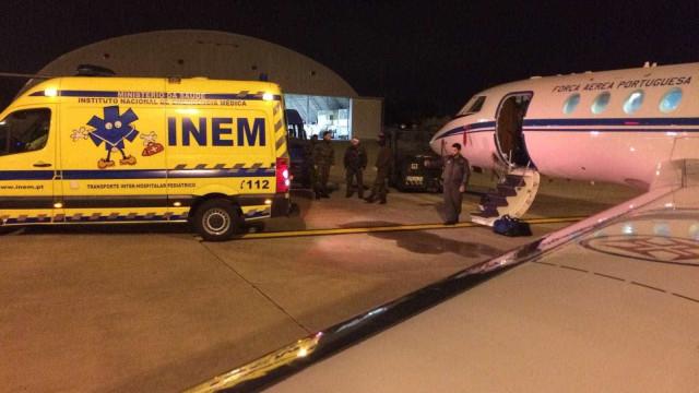 Força Aérea transporta duas crianças na véspera de Natal