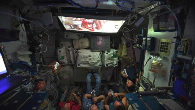 A Estação Espacial parou para assistir ao novo 'Star Wars'