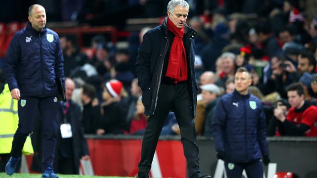 """Mourinho empata e fala do City: """"Compram laterais ao preço de avançados"""""""