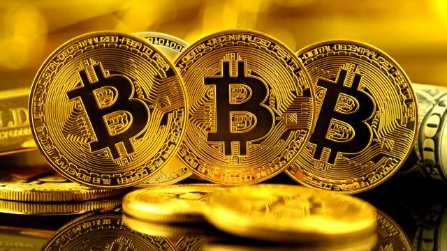 'Bitcoin' acordou o sistema financeiro mas falta transparência e apoio