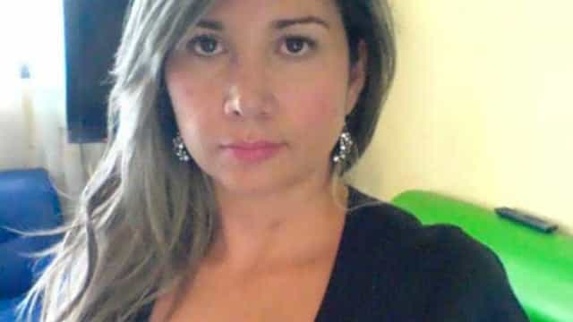 Mulher morre depois de pôr implantes nas nádegas