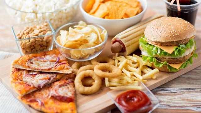 Estes alimentos não fazem nada bem à saúde