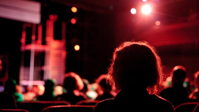 'Comediantes de Lisboa' são tema de livro de Carmen Dolores