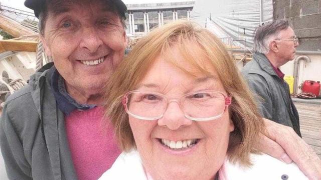 Casal que se divorciou há 19 anos volta a casar após tragédia familiar