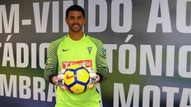 Sporting faz 'forcing' por Renan Ribeiro