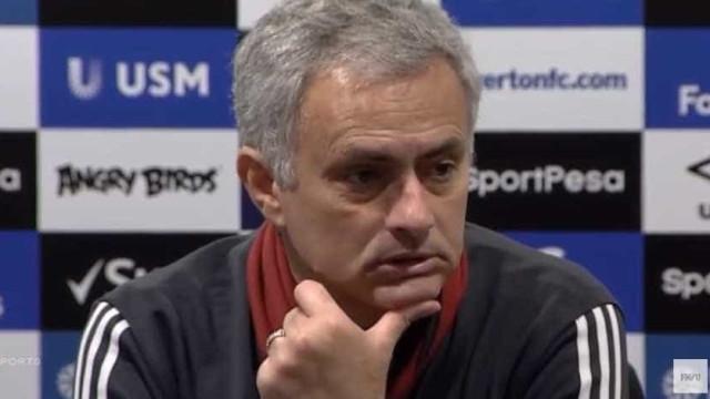 Scholes criticou... e Mourinho respondeu com dinheiro e títulos