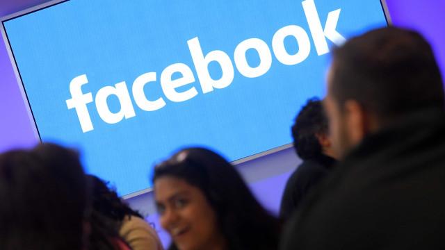 Alemanha 'aperta o cerco' ao Facebook e à Google