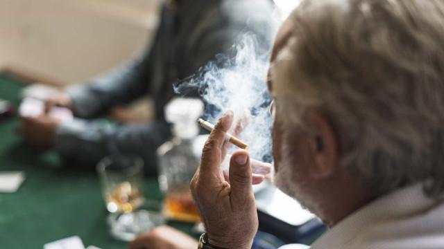 """Nova lei do tabaco é """"discriminatória e ofensiva"""""""