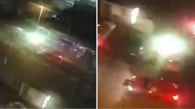 Pessoas em pânico fogem de carro que dispara foguetes