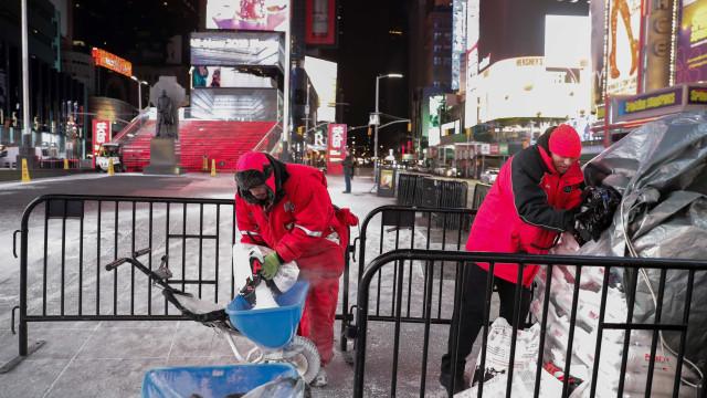 Maior ciclone das últimas décadas nos EUA já chegou a Nova Iorque