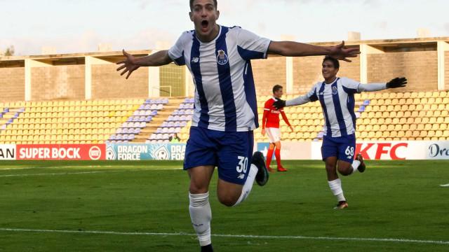 FC Porto B vence Benfica B e consolida liderança