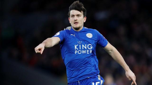 """Maguire força saída e acusa Leicester de quebrar """"acordo de cavalheiros"""""""