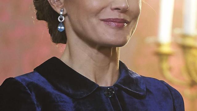 Rainha Letizia repete vestido marcante na sua história como monarca