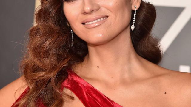 Globos de Ouro: Blanca Blanco responde a críticas por não ter usado preto