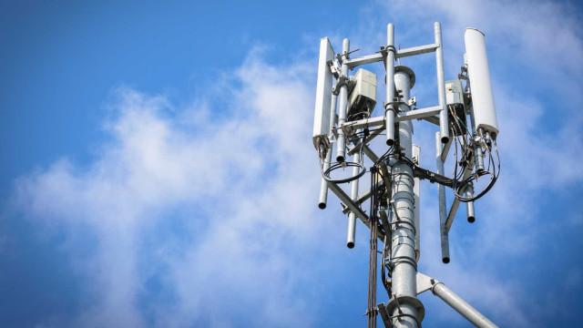 Altice admite vender de torres de comunicações em Portugal