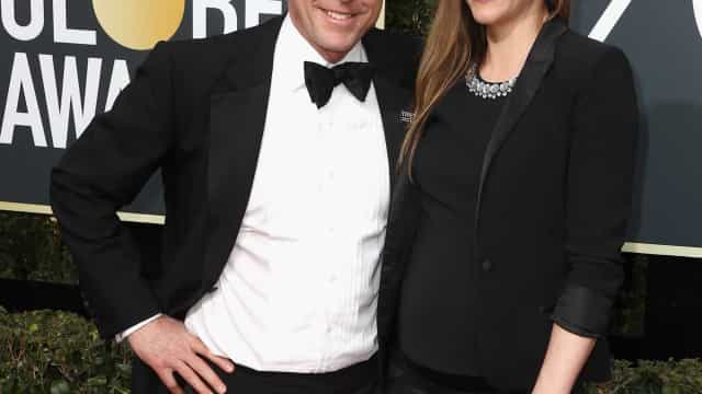 Aos 57 anos, ator Hugh Grant foi pai pela quinta vez